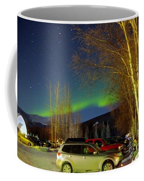 Alaska Aurora Borealis Coffee Mug featuring the photograph Green Lady Dancing 37 by Phyllis Spoor