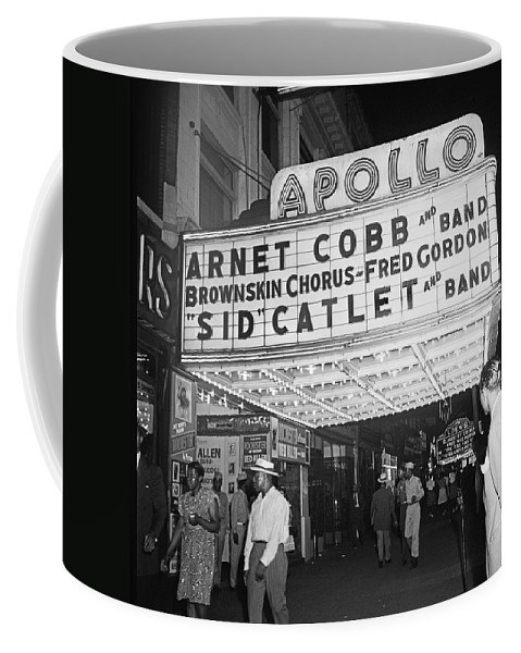 125th Street Coffee Mug featuring the photograph Harlem's Apollo Theater by Underwood Archives Gottlieb