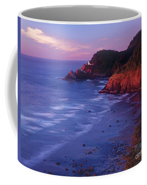 North America Coffee Mug featuring the photograph Heceta Head Lighthouse At Sunset Oregon Coast by Dave Welling