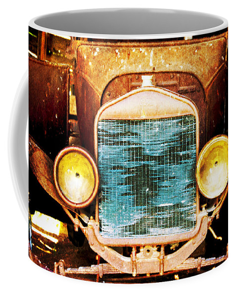 Vintage Coffee Mug featuring the photograph Here's Looking At You by Judy Hall-Folde