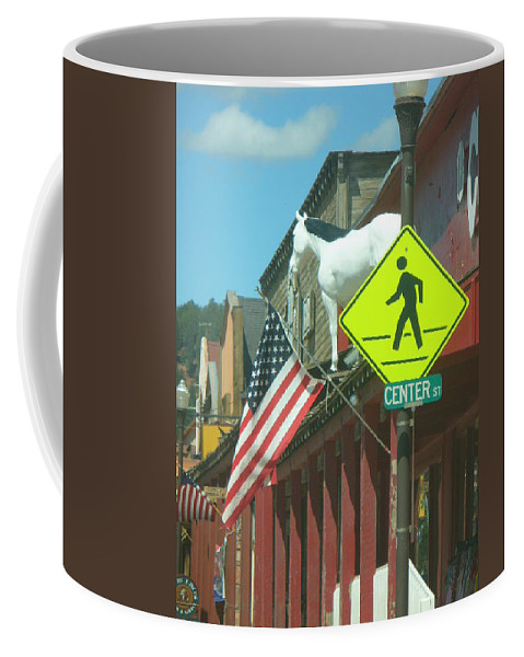 Lyle Coffee Mug featuring the painting Horse High by Lord Frederick Lyle Morris