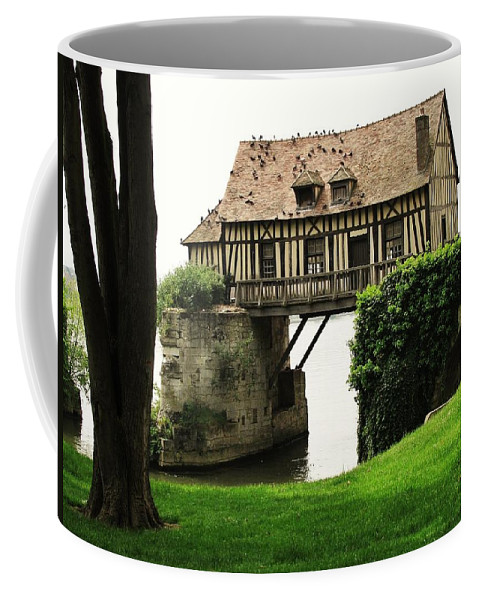 Vernon Coffee Mug featuring the photograph House But No Land by Mary Ellen Mueller Legault