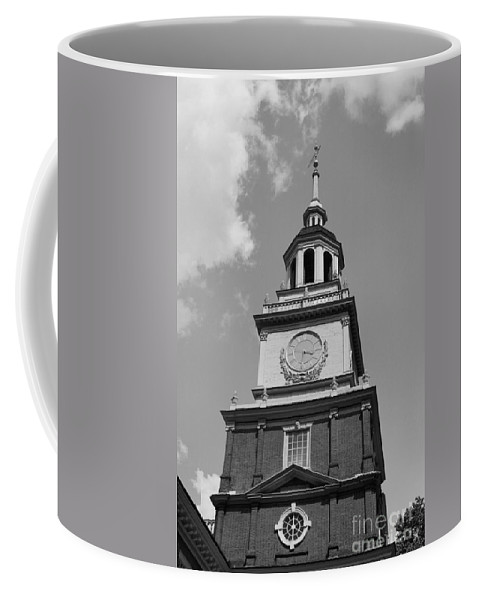 Independence Hall Coffee Mug featuring the photograph Independence Hall by Tommy Anderson