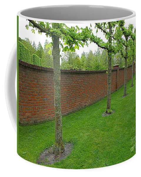Keukenhof Gardens Coffee Mug featuring the photograph Keukenhof Gardens 11 by Mike Nellums