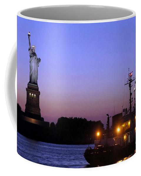 Statue Of Liberty Coffee Mug featuring the photograph Lady Liberty At Dusk by Lilliana Mendez