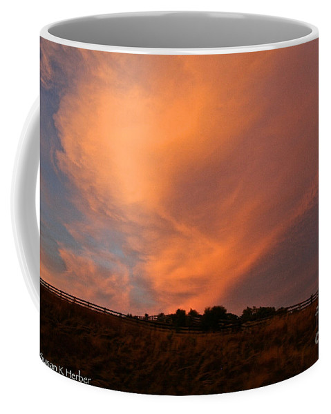 Clouds Coffee Mug featuring the photograph Magnificent Evening by Susan Herber