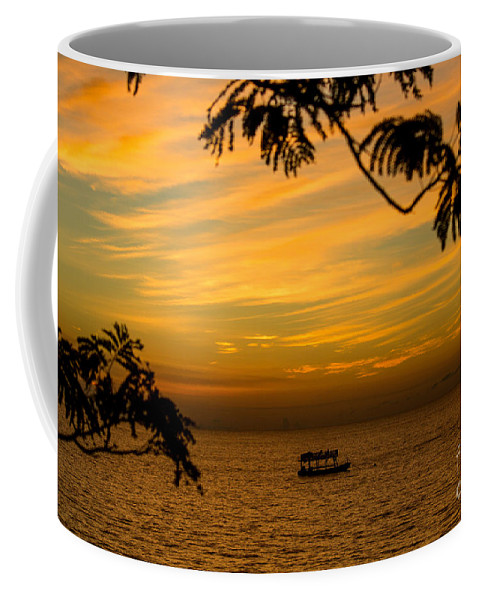 Sailing Coffee Mug featuring the photograph Majestic Sunset by Rene Triay Photography
