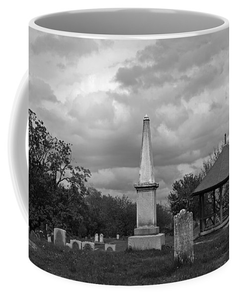 Marblehead Coffee Mug featuring the photograph Marblehead Old Burial Hill Cemetery by Toby McGuire