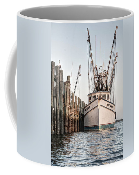 Dock Coffee Mug featuring the photograph Miss Sandra - Port Royal by Scott Hansen