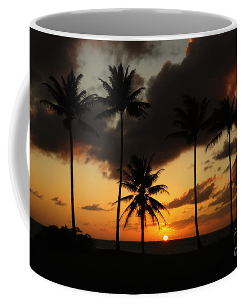 Moloki Coffee Mug featuring the photograph Moloki Sunset by Vivian Christopher