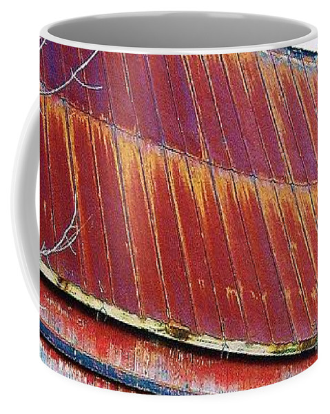 Barn Coffee Mug featuring the photograph Monroe Co. Michigan Barn by Daniel Thompson