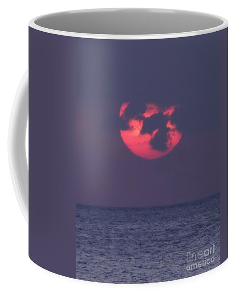Sun Coffee Mug featuring the photograph Moody Sunset by Barbie Corbett-Newmin