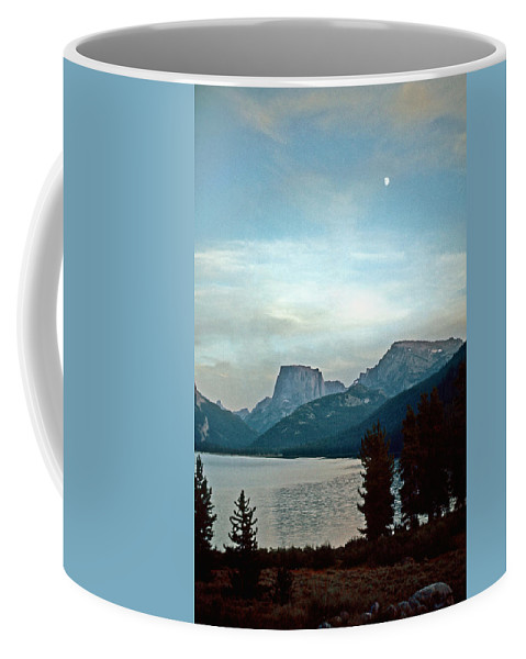 Wind River Range Coffee Mug featuring the photograph Moon Over Square Top by Gary Benson