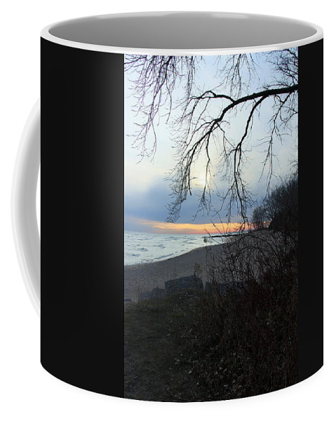 Centre Island Coffee Mug featuring the photograph Never Forget You by Munir Alawi