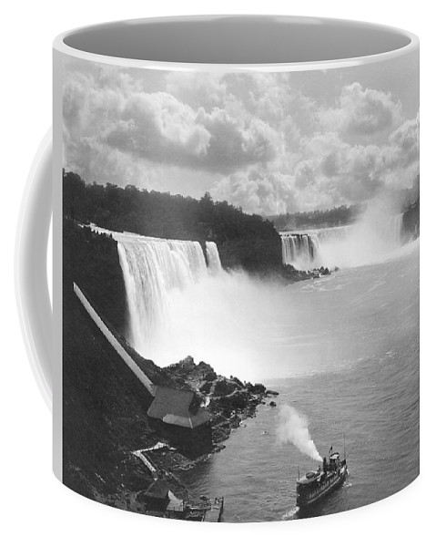1890 Coffee Mug featuring the photograph Niagara Falls Maid Of The Mist by Underwood Archives