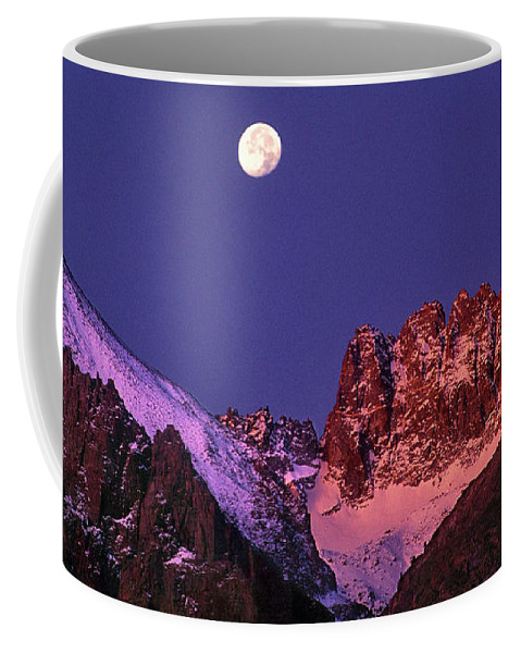 North America Coffee Mug featuring the photograph Panorama Moonset Middle Palisades Glacier Eastern Sierras California by Dave Welling