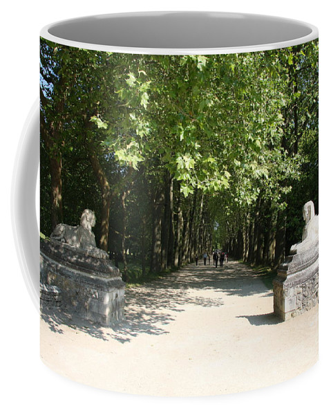 Egyptian Statue Coffee Mug featuring the photograph Parkway Chateau Chenonceaux France by Christiane Schulze Art And Photography