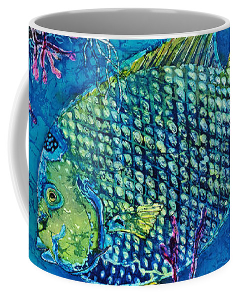 Angelfish Coffee Mug featuring the painting Queen Of The Sea by Sue Duda