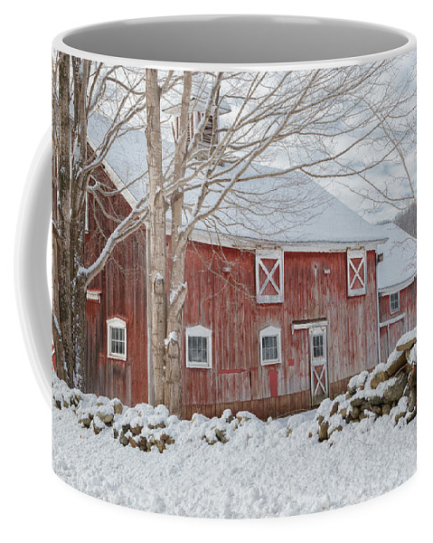Old Red Barn Coffee Mug featuring the photograph Red And White by Bill Wakeley