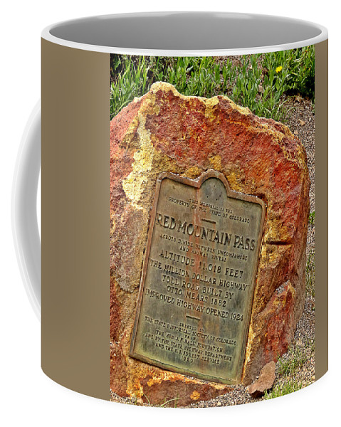 Red Mountains Coffee Mug featuring the photograph Red Mountain Pass by Dan Sproul