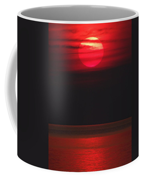 Red Sky Coffee Mug featuring the photograph Red Sunset by David T Wilkinson