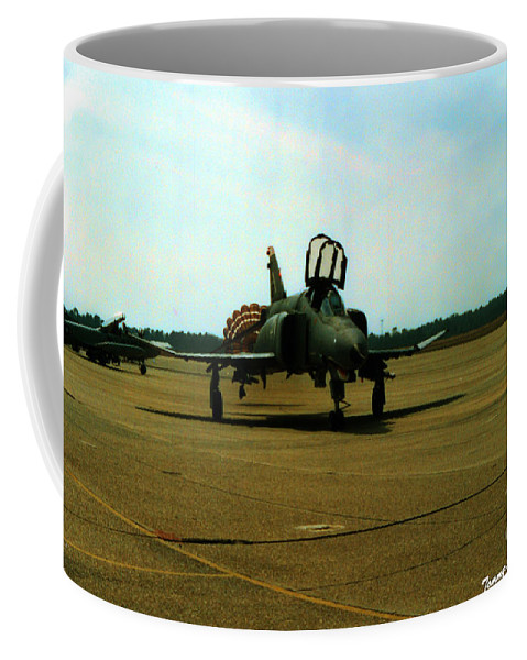 Mcdonnell Douglas F-4c Phantom Ii Coffee Mug featuring the photograph Returning Phantom by Tommy Anderson