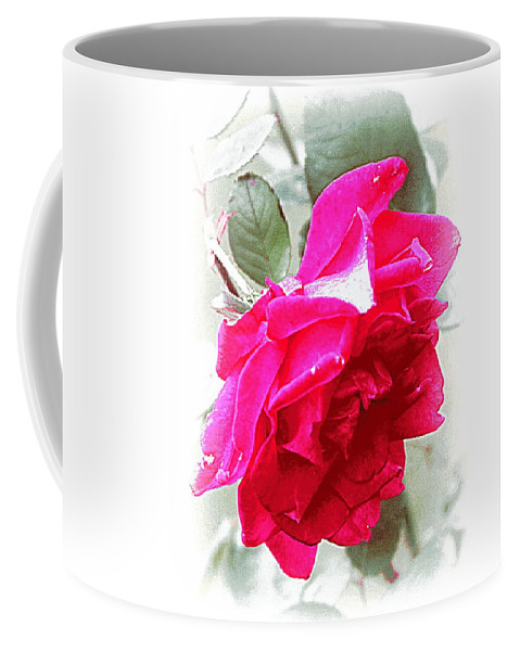 Red Coffee Mug featuring the photograph Rose - 4505-004 by Travis Truelove