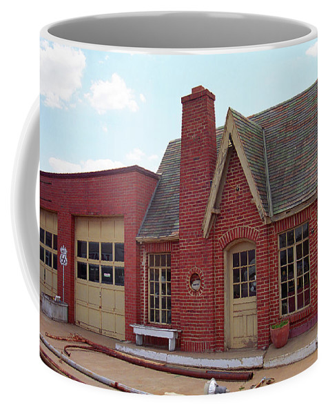 66 Coffee Mug featuring the photograph Route 66 - Cottage Style Gas Station by Frank Romeo