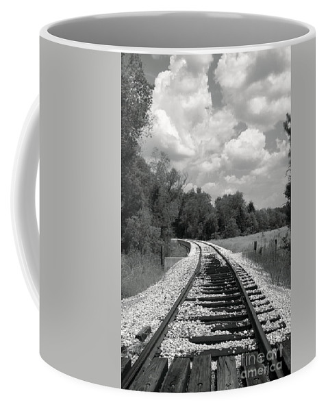 Rr Coffee Mug featuring the photograph Rr X-ing by Robert Frederick
