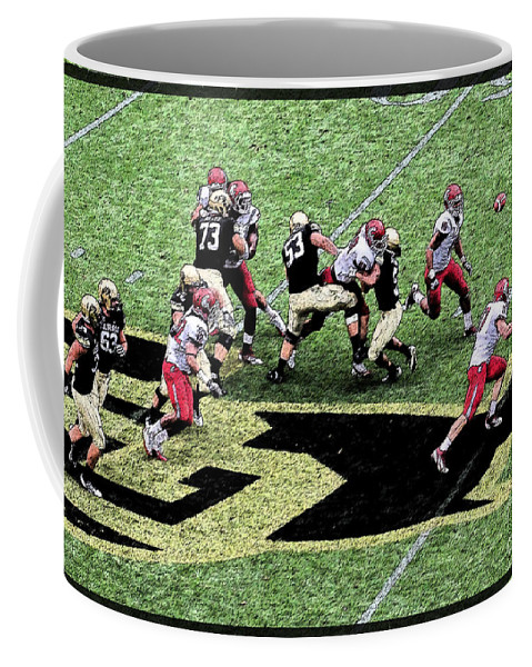 Boulder Coffee Mug featuring the photograph Screen Pass by Bob Hislop