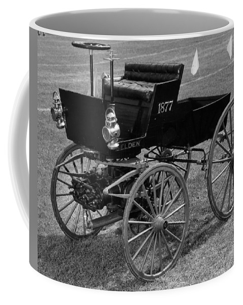 1895 Coffee Mug featuring the photograph Selden Automobile by Granger