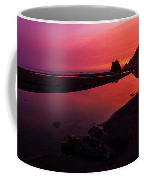 Oregon Coffee Mug featuring the photograph Serenade Flow by Chad Dutson