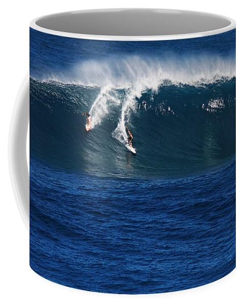 Sharing A Wave Coffee Mug featuring the photograph Sharing A Wave In Waimea Bay by Richard Cheski