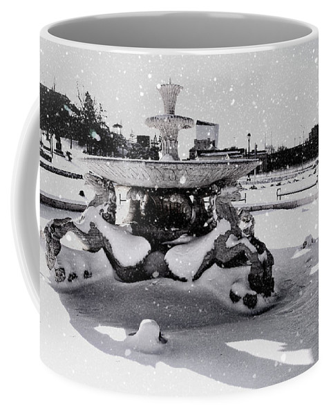 Horse Fountain Coffee Mug featuring the photograph Snow On The Fountain by Alice Gipson