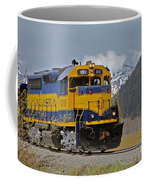 Train Coffee Mug featuring the photograph South Bound by Rick Monyahan