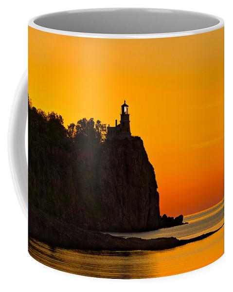 Split Coffee Mug featuring the photograph Split Rock Lighthouse by Steve Gadomski