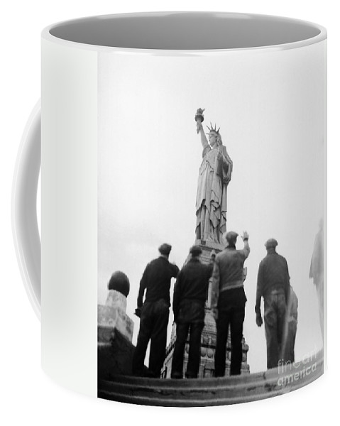 1930s Coffee Mug featuring the photograph Statue Of Liberty, C1938 by Granger