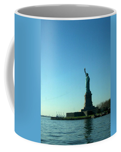 Statue Of Liberty Coffee Mug featuring the photograph Statue Of Liberty by Katie Beougher