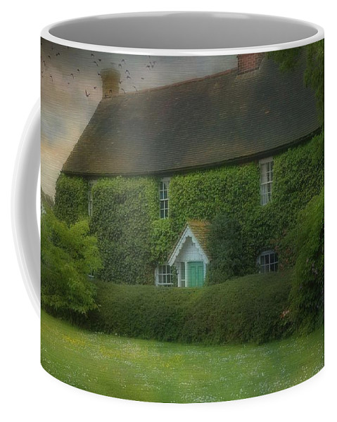 House Coffee Mug featuring the photograph Stodmarsh House by Fran J Scott