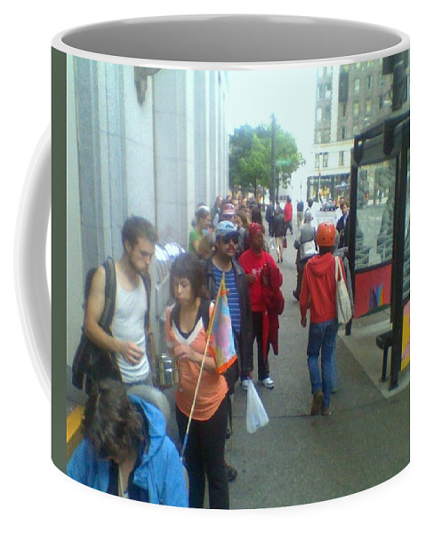 Seattle Coffee Mug featuring the photograph Street Scene by David Trotter