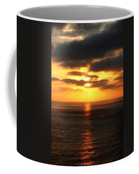Sunset Coffee Mug featuring the photograph Sun Down by Diana Angstadt