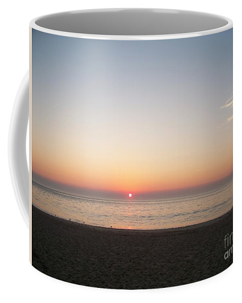 Atlantic Coffee Mug featuring the photograph Sunset On The Delaware Sunset Beach by Eric Schiabor