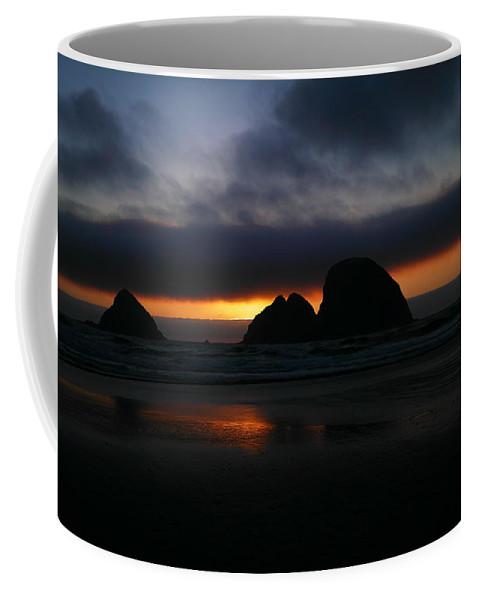 Sunset Coffee Mug featuring the photograph Sunset Oregon Coast by Jeff Swan