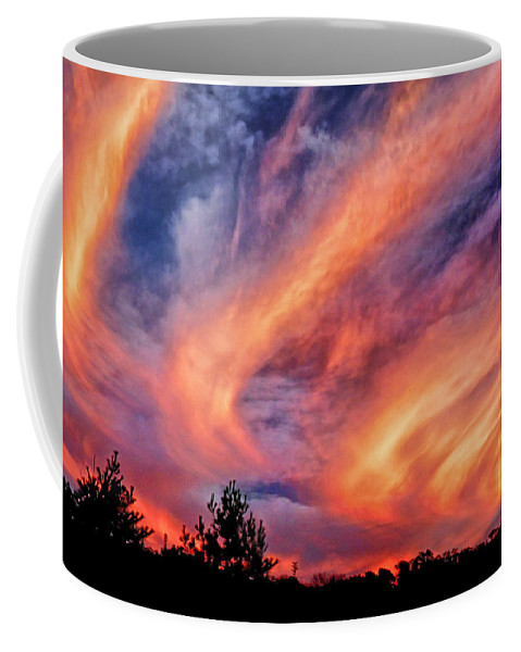 Sweeping Sunset Coffee Mug featuring the photograph Sweeping Sunset by Carolyn Derstine