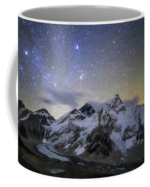 Horizontal Coffee Mug featuring the photograph The Bright Stars Of Auriga And Taurus by Jeff Dai