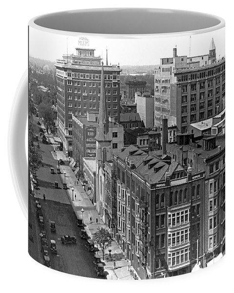 1922 Coffee Mug featuring the photograph The Business Center Of Miami by Underwood & Underwood