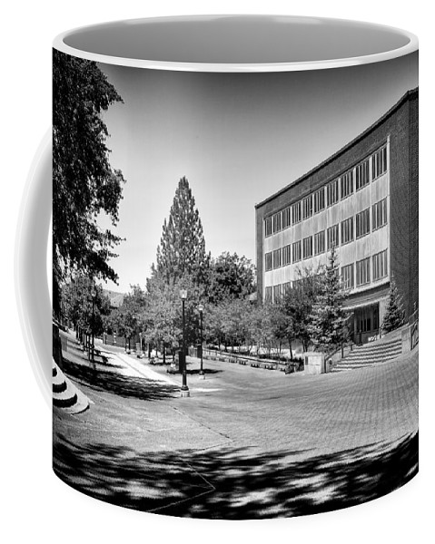 The Holland Library Coffee Mug featuring the photograph The Holland Library - Pullman Washington by David Patterson