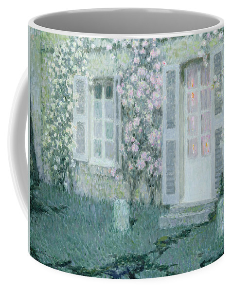 Post Impressionist Coffee Mug featuring the painting The House With Roses by Henri Eugene Augustin Le Sidaner