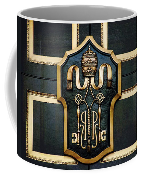Door Coffee Mug featuring the photograph The Most Elegant Door by Alice Gipson