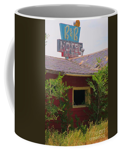 The Old Motel Coffee Mug featuring the photograph The Old Motel by john Malone